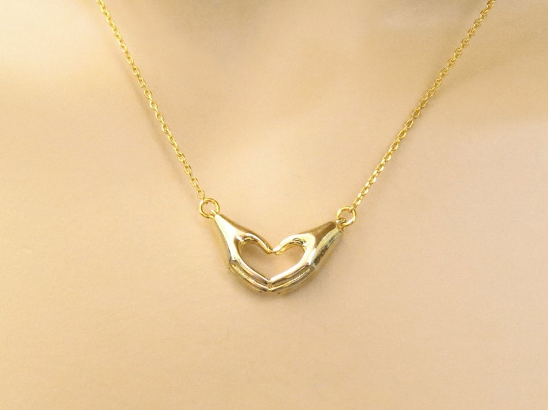 Jewelry Love Jewelry Necklace Sister Gold Mom Love Modern Accessory Lovely Hands Silver Sign Lovers Heart Gift Best friends
