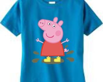 386b746e81 Peppa Pig t-shirt / Peppa Pig custom t-shirt / Peppa Pig on the beach t- shirt/ Peppa pig