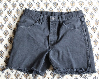 1980s 90s High Waisted Cutoff Shorts Rustler Size 30 Fits like Small 4-6