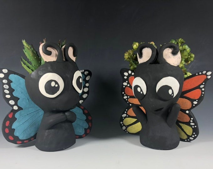 Beautiful Butterfly Ceramic Planters // Adorable Butterfly Potheads