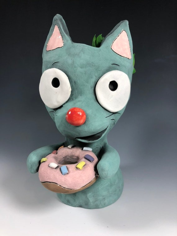 Kitty with Donut Ceramic Planter // Adorable Cat with Donut Succulent Pot