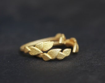 Delicate Leaves 3D Printed Rings (set of two)