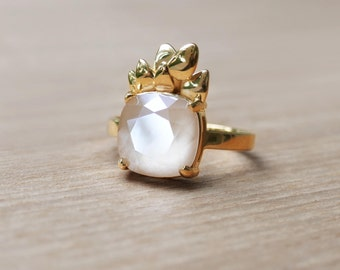 'FOREST DREAM' Rose Gold ring with Swarovski milky pink crystal