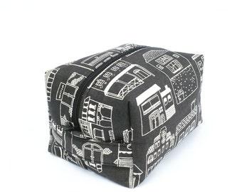 Toiletry Bag, Bridal Makeup Bag, Womens Dopp Kit, Bridesmaids Gift, Waterproof Travel Bag, Womens Wash Bag, Toiletry Kit, Zip Travel Pouch