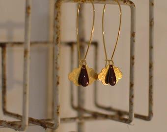 beautiful dangling earrings cloud gold and Burgundy