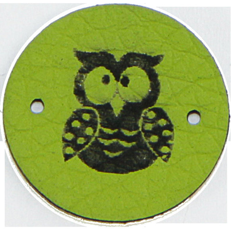 square made of vegan leather 4 SNAPPAP Labels Owl