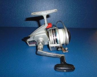 abbbc2f2505 Vintage Daiwa Spinning Reel. Daiwa 1500C spinning reel spinning reel  vintage reel vintage fishing reel