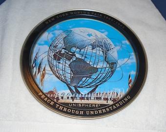 New York worlds fair. 1964-65 Worlds fair. Worlds fair souvenir. Worlds fair tray. Platter. serving tray. Worlds fair. metal tray.