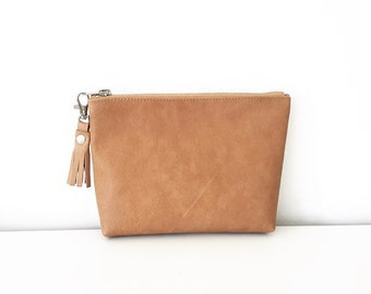 5a25744b0bcf Leather Cosmetic bag   leather make up bag   tan Leather zipper pouch  leather  makeup bag   distressed leather   tan brown clutch