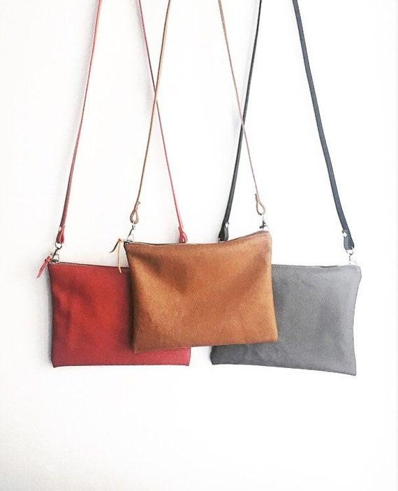 Sac bandoulière en cuir sac en cuir noir camel rouge ou gris taupe pochette en cuir