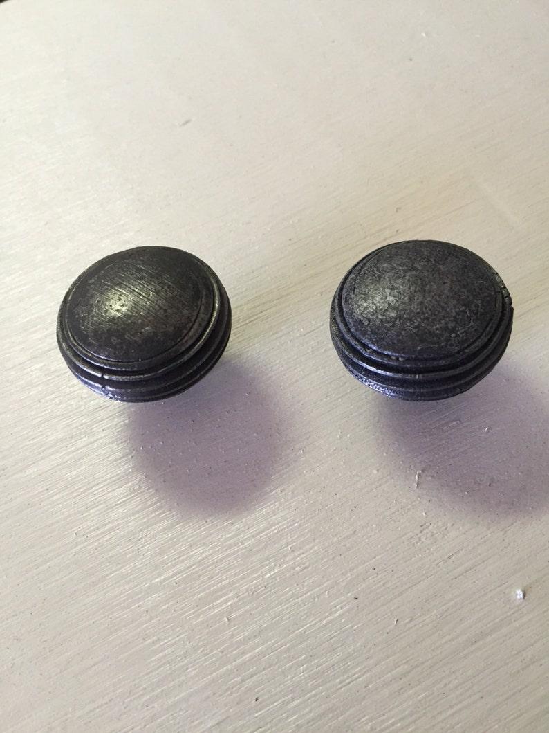 Cabinet knob drawer pull.