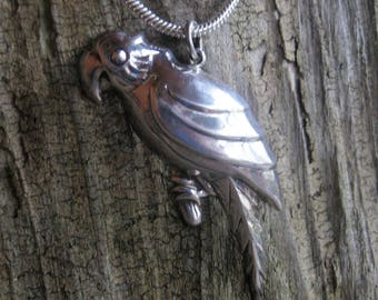 dimensional STERLING PARROT PENDANT necklace with a new 18 inch x 3 mm snake chain.