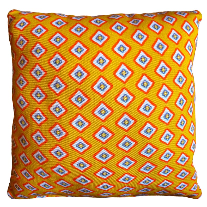 Ditsy Diamond Cushion Printed Duck Feather Cushion with 60x60 cm