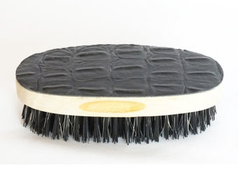 King Scorpion 360 Small Pocket Size Oval Leather Top Hair/Beard Brush - Gator Print - Mixed Boar Bristles