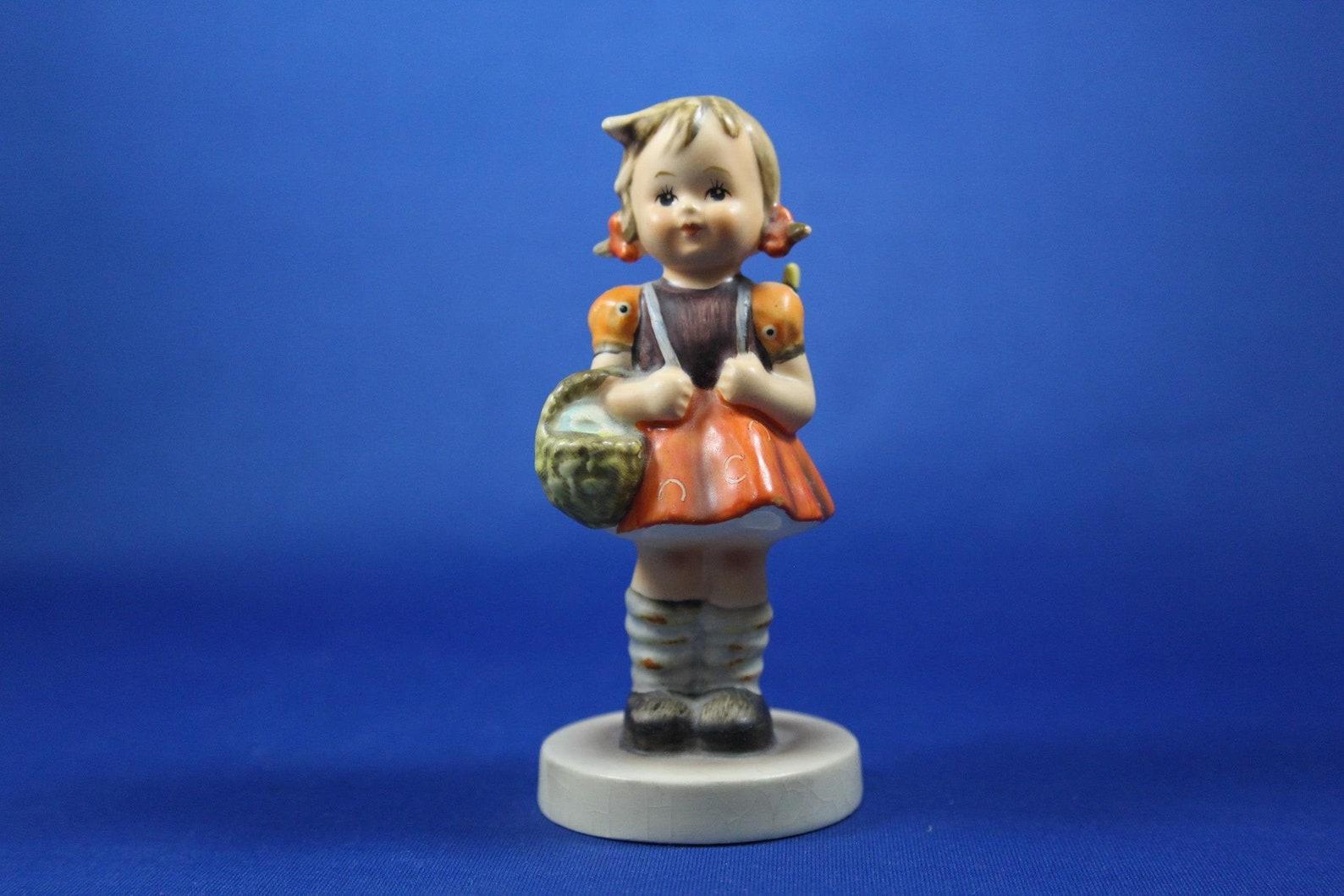 School Girl Hummel Figurine, 1960s era, TMK 3 Stylized Bee, 4 1/4