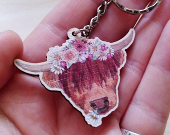 Cute Highland Coo - Illustrated Cow Wooden Key Ring - Woodland Animal, Positive Pun, Pick Me Up Gift, Scottish Souvenir