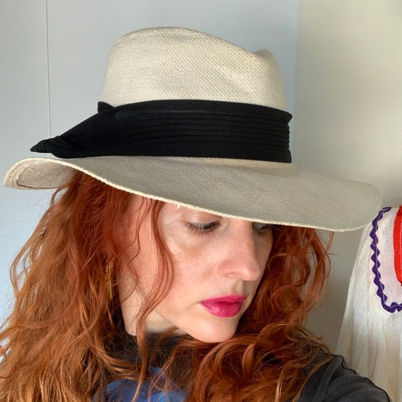 Vintage 70s Does 40s Women's Smooth Criminal Whit… - image 6
