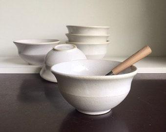 Bowl for breakfast. White enamelled sandstone bowl. 8x14 cm. 50cl.