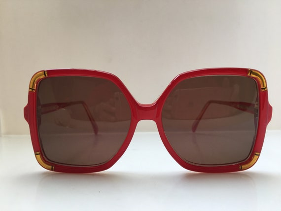 Vintage 80s TED LAPIDUS CLUB  TLC805  Woman Red Ey
