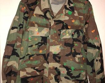 8ce28103797d4 Super SALE! paint splattered military camo vintage green camoflauge bdu USA  army jacket coat unisex boho Coachella hipster small medium