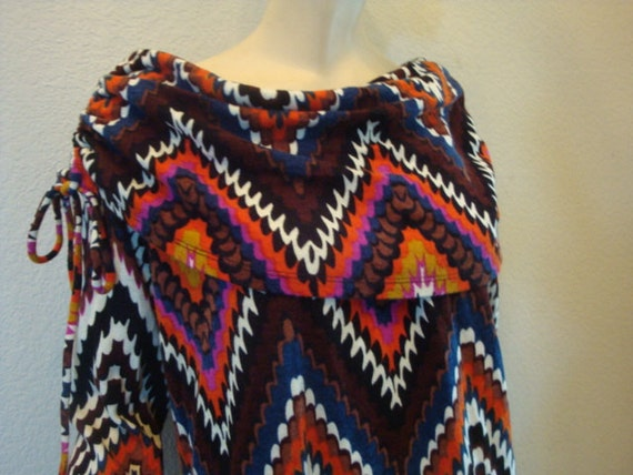 f24672a2f999 70s PSYCHEDELIC Pcci mod drawstring off shoulder Sweater knit
