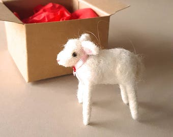 White needle felted lamb ornament, sheep Christmas decoration, needle felt animal decor, farmhouse kitchen holiday decoration