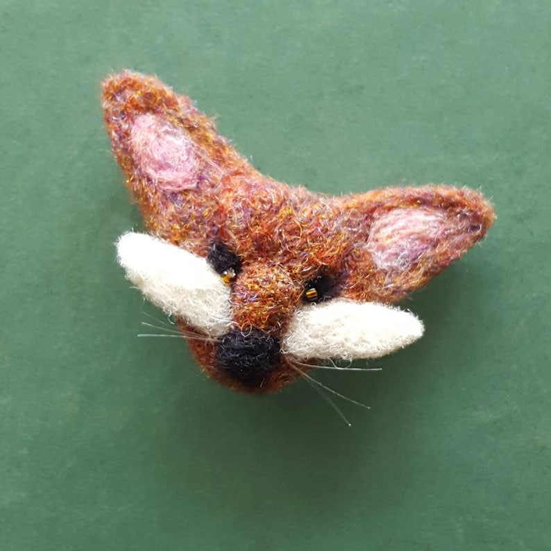 Fox pin badge  Felt fox brooch small gift for her  Woodland image 0