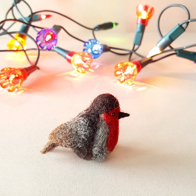Robin  Christmas tree bauble  Red Robin  Needle felted bird image 0