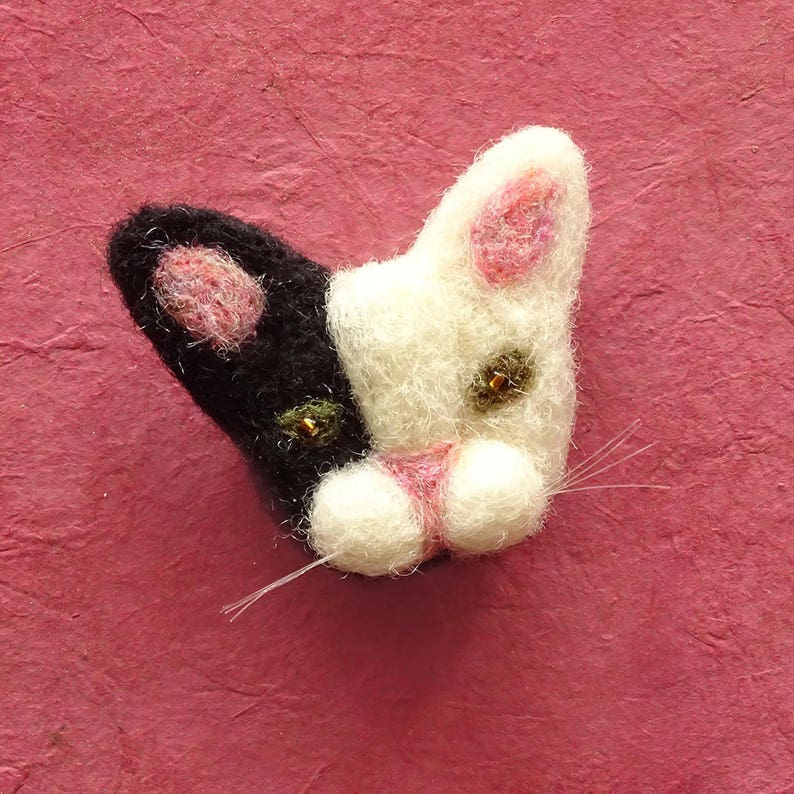 Cute cat gifts  Felt cat brooch  Christmas gift for Mum  image 0