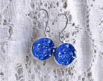 Ocean Blue Druzy Dangle Earrings with Silver Settings - Boho Trend Jewelry - Fish Hook Drusy Earrings