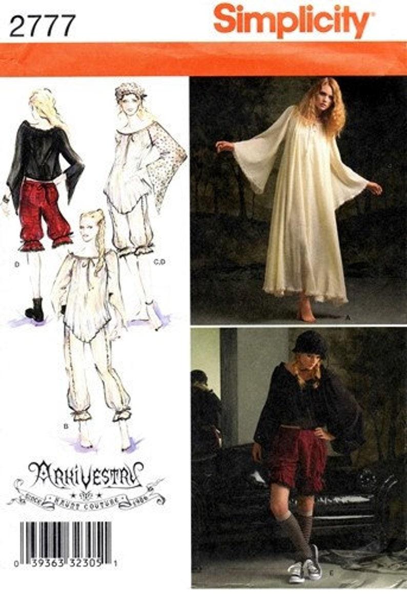 941a5d15de Simplicity 2777 Wispy Goth Night Wear   Costume 2008   SZ6-12