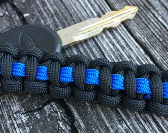 Thin Blue Line paracord keychain, Police officer wedding favors for guests Retirement Party Favors, Corporate gifts