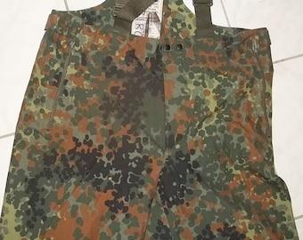 9ceea560b2425 Flecktarn camo Goretex trousers Bundeswehr surplus US medium size slightly  worn excellent condition