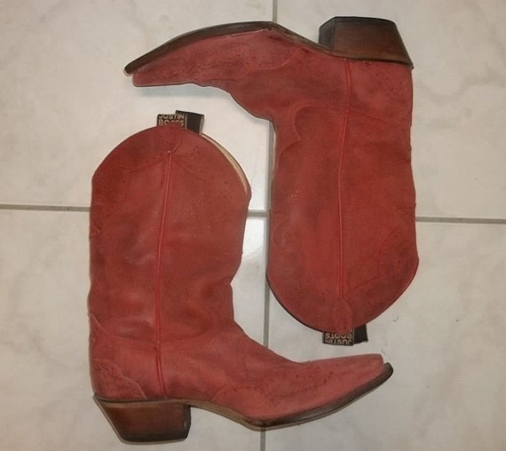 get new search for official purchase authentic JUSTIN western boots Mexican made cowgirl brick red color womens 9B gently  worn very good condition clean neat readily wearable presentable