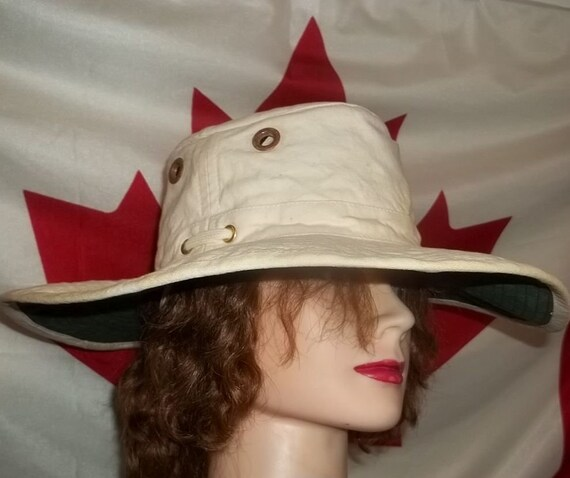 41f9a5331c8 Canadian Tilley T2 hat wide brim safari outdoor sunblock