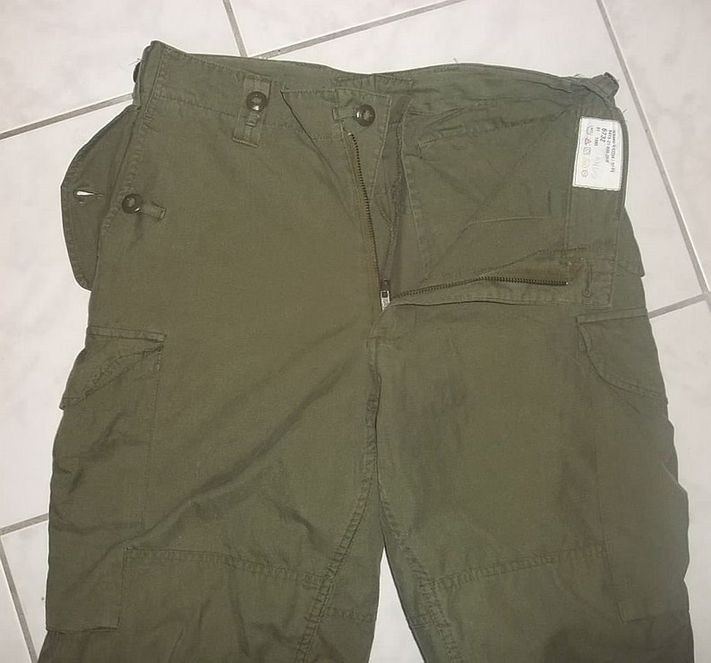 Canadian Army field combat pants Army BDU vintage size 6732 W32 L27 olive  drab color good condition clean neat presentable