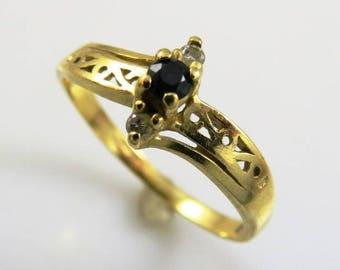 Vintage 10KT Gold, Sapphire & Diamond Ring-Sz 5.5-1.4g, Delicate Beauty~Deep Blue Stone!