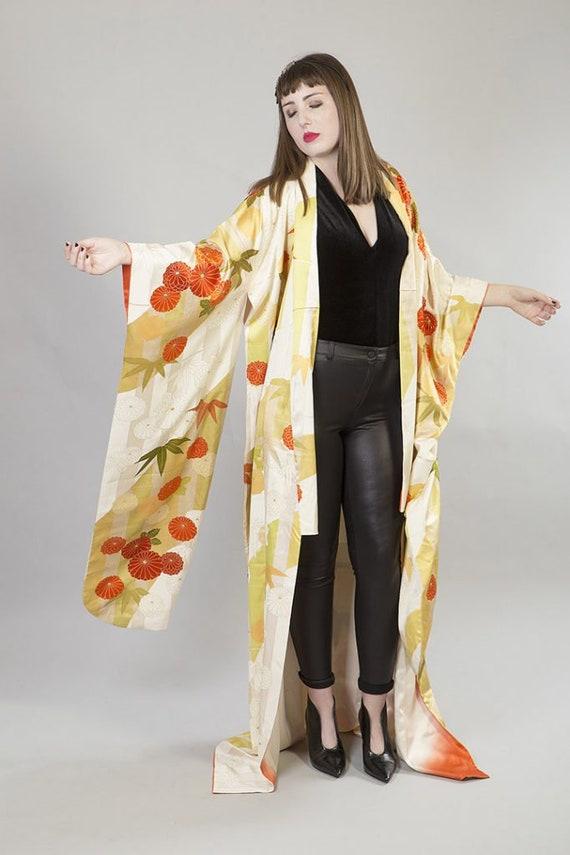 KIMONO VINTAGE /  tomesode kimono / silk kimono /