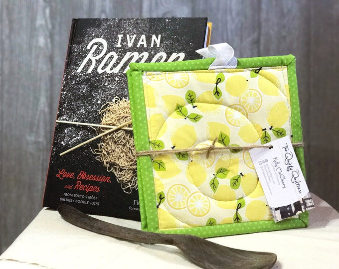 Lemons Quilted Pot Holders