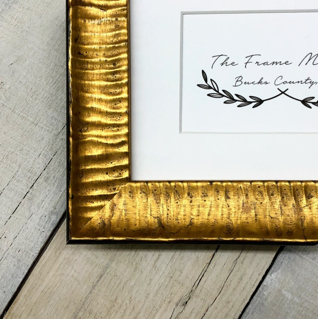 Gold Ripple 1 5 Wood Picture Frame With White Mat 8x10
