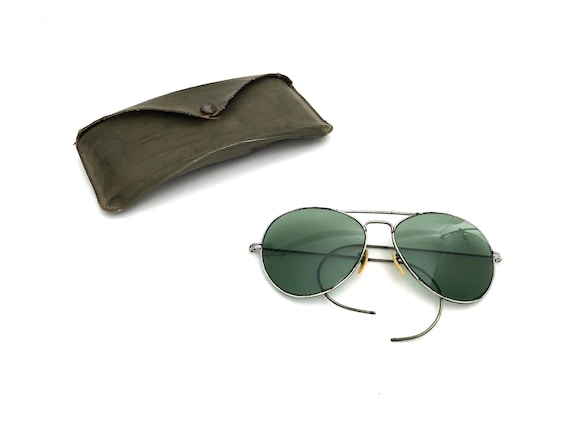 98132f2268 SALE Aviator Sunglasses with Green Lenses Vintage