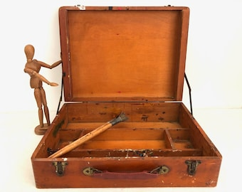 Artist Paint Box - Vintage Paint Carrying Case Used - Artist Decor - Travel Paint Box - Used Paint Case