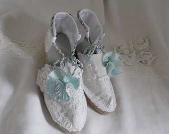 "Wedge ""sentimental"" linen and lace"