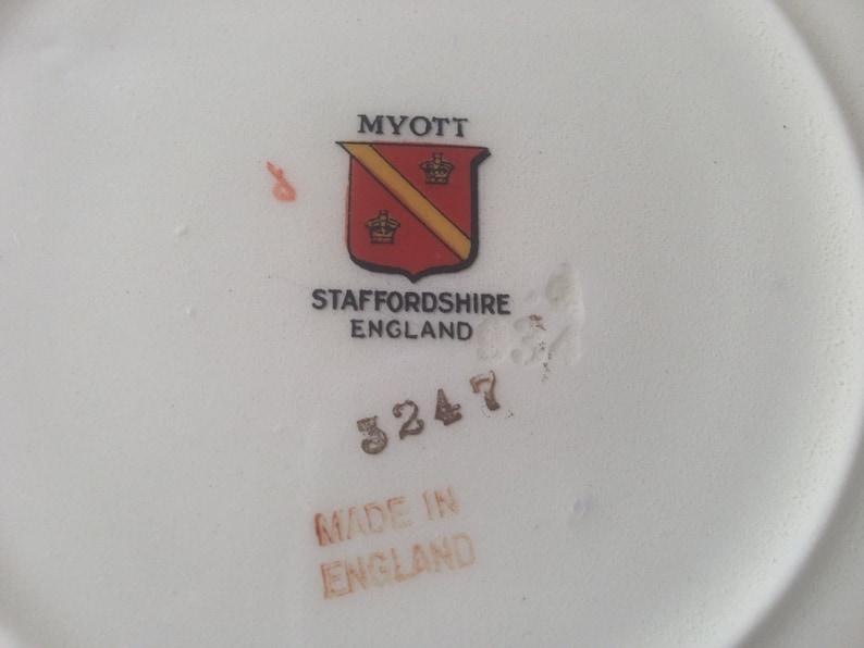 embossed rim Dinner Set Replacemnt Set English China Set 23 pieces Myott Staffordshire Pattern #3247 Floral sprays