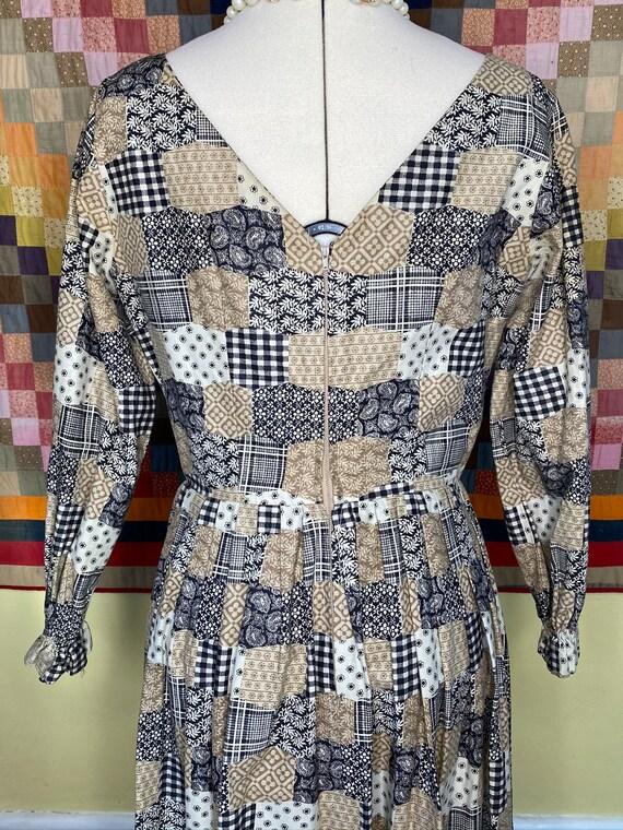 1960s patchwork print handmade dress, v-neck bow … - image 5