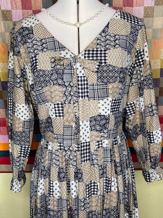 1960s patchwork print handmade dress, v-neck bow … - image 3