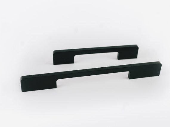 LEEDLE: Matte Black Drawer Pulls, modern kitchen handles