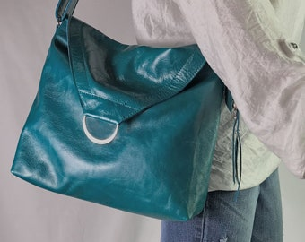 Teal leather shoulder bag, Turquoise leather bag, Adjustable strap, Lined Leather  Bag with pockets, Leather Purse, key hook clasp c7c3148442