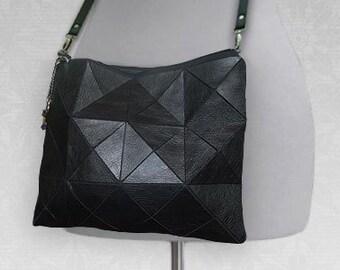 Black Leather crossbody bag 4e7f40ca2132b