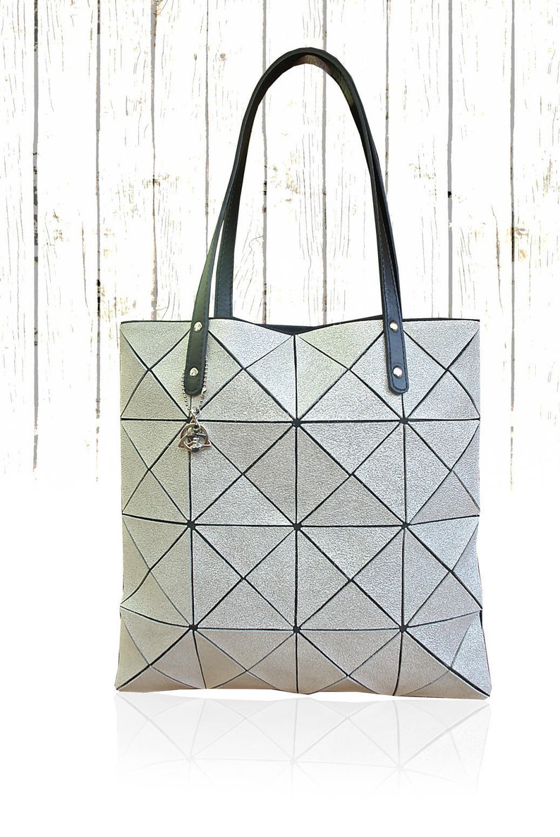 e8108b643e0b White Crackle Leather tote, FREE coin purse, zipper closure, Lined Tote,  Ladies Gift, Women Tote Bag, silver Leather Bag, summer tote